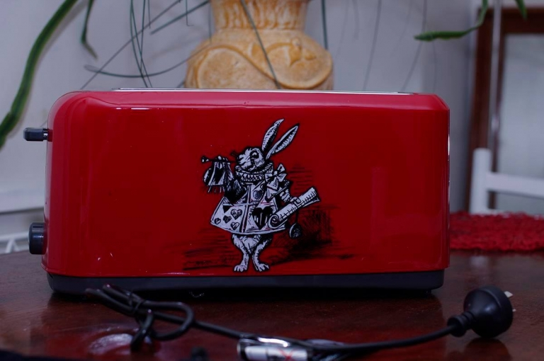Custom painted toaster