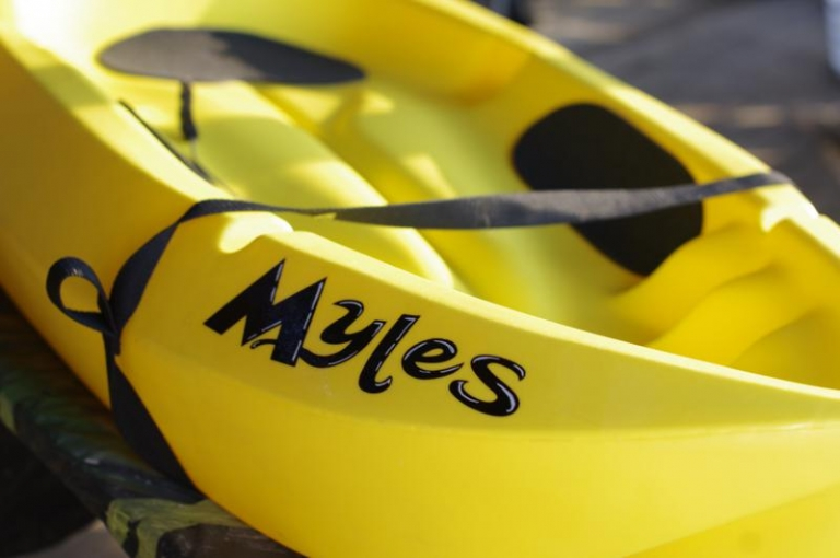 Custom painted name to Kayak