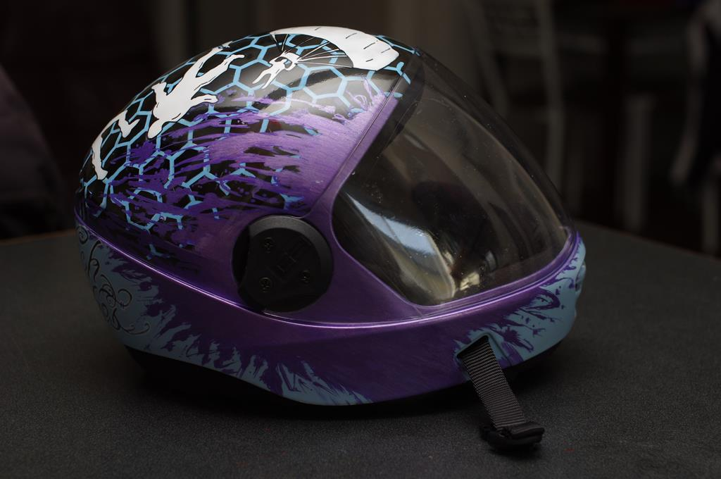 airbrush painted skydiving helmet