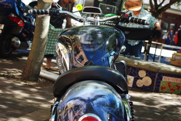 airbrushed triumph rocket,3 motorbike