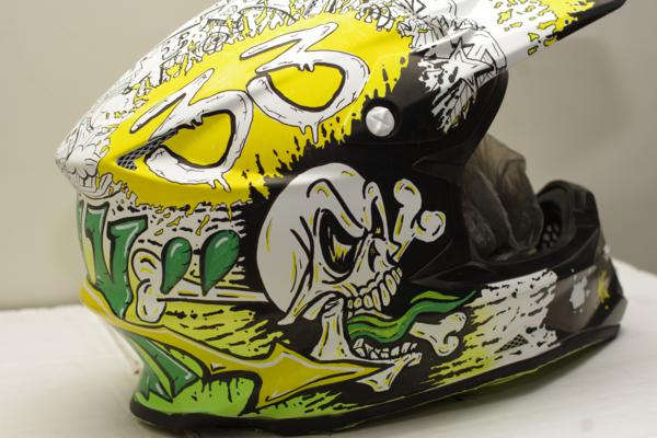 airbrush airbrush painted motocross helmet graffiti