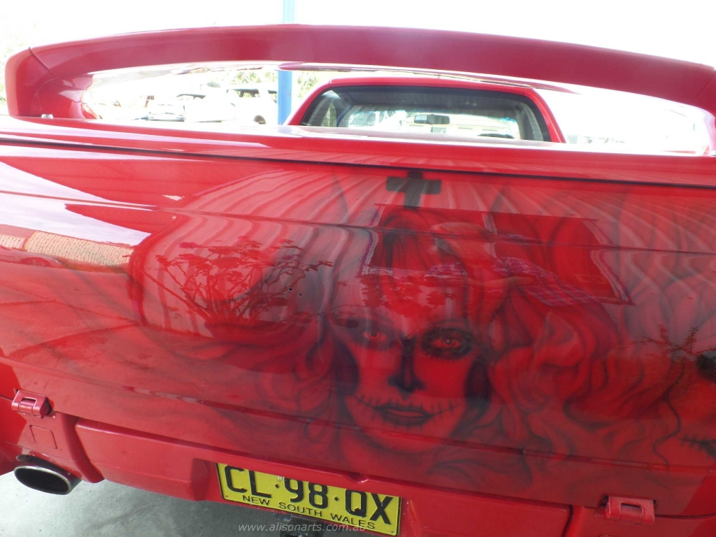 airbrushed commodore ute