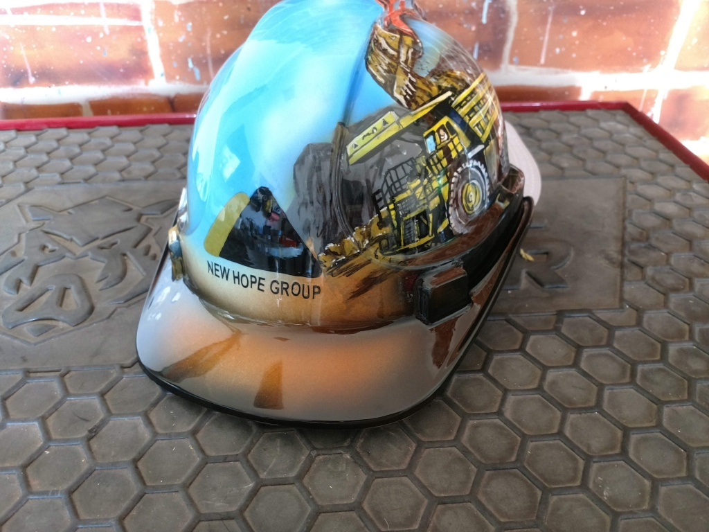 custom airbrush painted hard hat